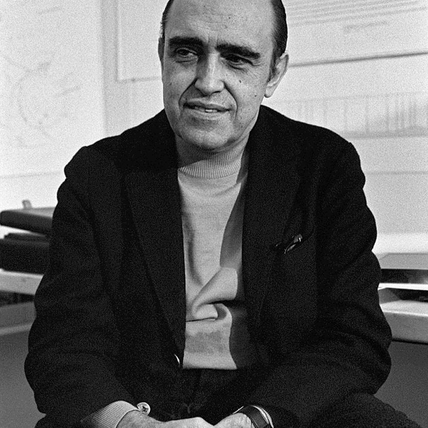 Oscar Niemeyer joven